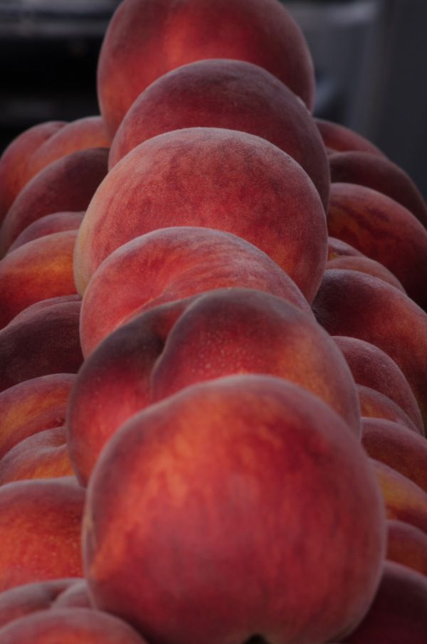 Farmers' Market Peaches